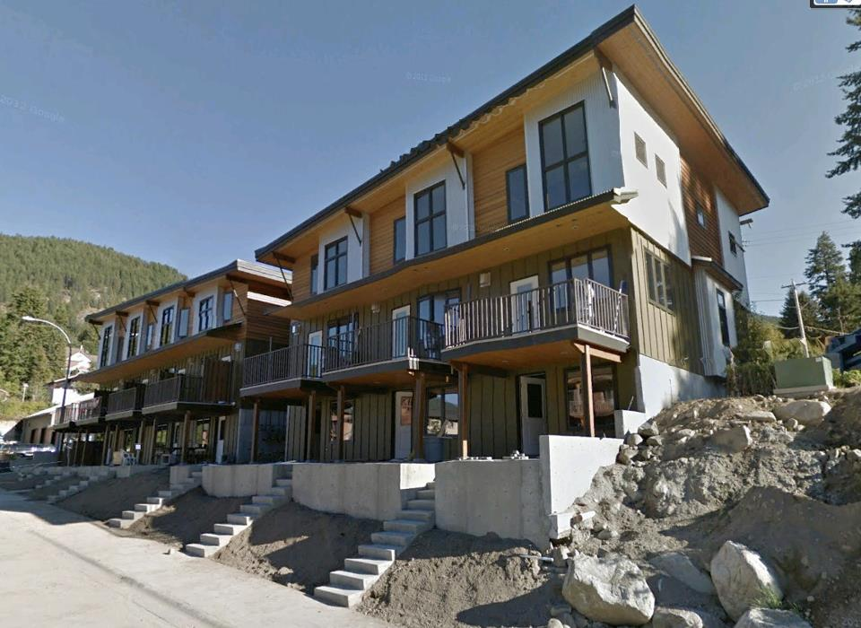 """""""Radio 7"""" Townhomes in Nelson, BC"""